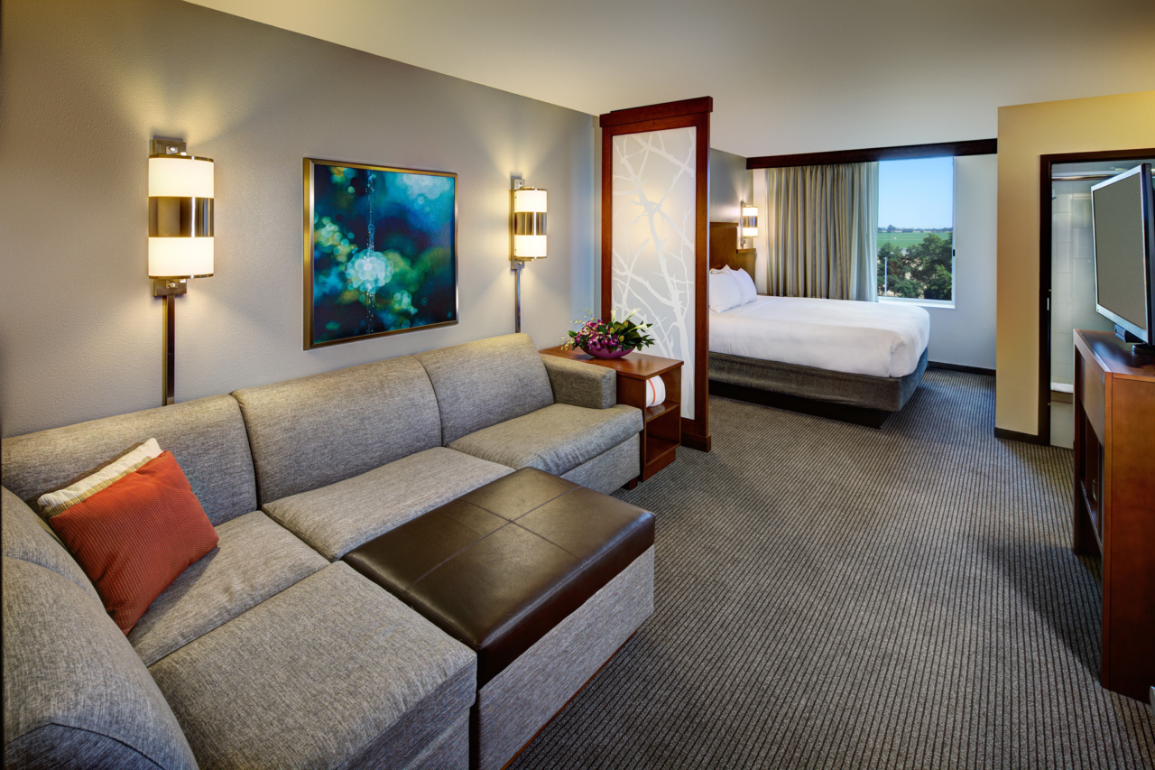 Interior photography of Hyatt Place UC Davis King Room